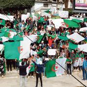Dans les rues d'Alger, les contestataires redoutent une confiscation du pouvoir