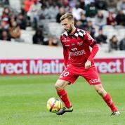 Coupe de la Ligue: Benezet va offrir des protège-tibias à ses coéquipiers ainsi qu'aux Strasbourgeois