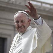 Le Pape appelle les jeunes à accueillir les migrants