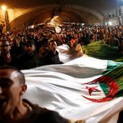 À Alger, la rue jure d'aller jusqu'au bout