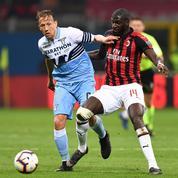 Cris racistes visant un joueur français, banderole pro-Mussolini: la Lazio dans la tourmente