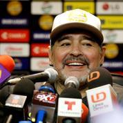 Festival de Cannes: Maradona déconseille au public d'aller voir le documentaire sur sa vie