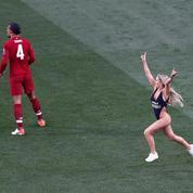 Streakeuse en finale de Ligue des Champions: le gros coup marketing