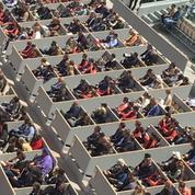 Roland-Garros: le personnel du tournoi invité pour combler les loges vides du court Central