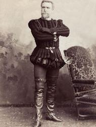Le baryton basse Jean Francois Delmas (1861-1933) en costume Renaissance, 1887.