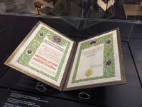 Prix Nobel de physique de 1903 de Pierre et Marie Curie.