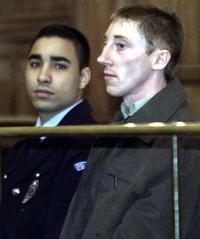 Patrick Dils, acquitté lors de son troisième procès, le 8 avril 2002 à Lyon.