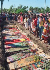 L'enterrement des indépendantistes tués dans l'opération Victor.