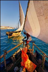Départ de pêche à bord d'un boutre traditionnel.