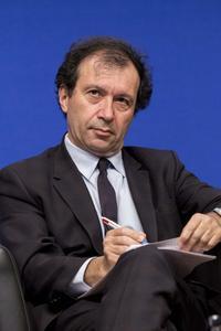 Daniel Cohen.
