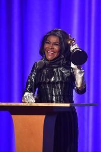 Autre star honorée dimanche soir d'une statuette d'honneur, l'actrice Cicely Tyson, figure de Broadway nommée aux Oscars pour «Sounder» en 1973.