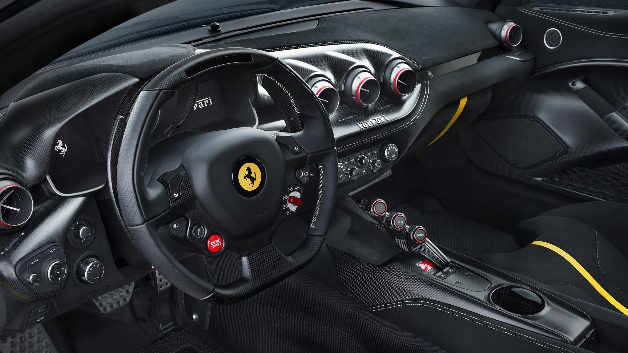 Ferrari F12 «tdf», une berlinette radicale 117f71a5c483