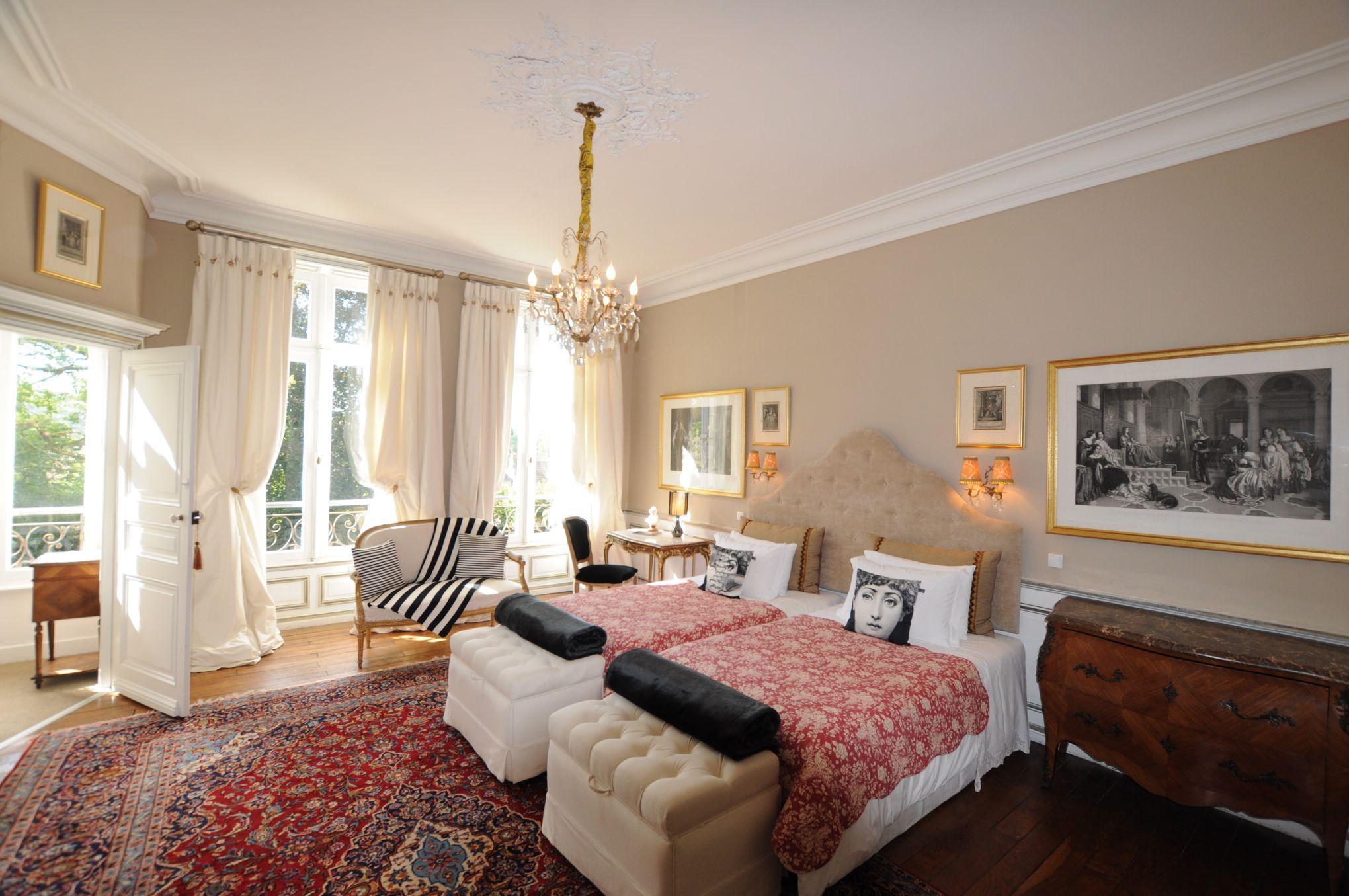 nos plus belles chambres d 39 h tes dans le sud ouest. Black Bedroom Furniture Sets. Home Design Ideas