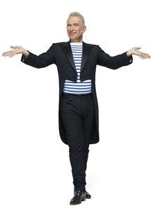Jean Paul Gaultier, meneur de revue.
