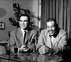 Les boxeurs Max Schmeling et Joe Louis sont devenus des amis. Ici à Miami en mars 1961.
