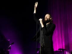 Les grandes questions de Father John Misty