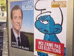 Des street artists détournent avec humour les affiches de la campagne présidentielle