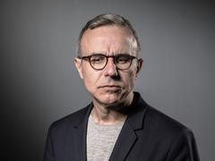 «Anéanti» par la polémique, Philippe Besson défend sa nomination à Los Angeles