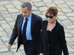 Carla Bruni-Sarkozy dans À voix nue: «On a fait passer mon mari pour un bourrin inculte»