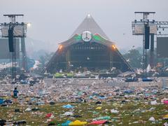 Glastonbury se met au vert: le festival ne vendra plus de bouteilles en plastique