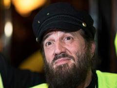 La gendarmerie ne veut pas du «gilet jaune» Francis Lalanne dans les rangs de ses réservistes