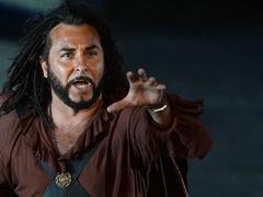 Roberto Alagna à l'épreuve de l'épure dans Otello à Bastille