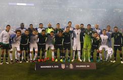 Les joueurs mexicains et américains ont décidé de prendre une photo d'avant-match ensemble.