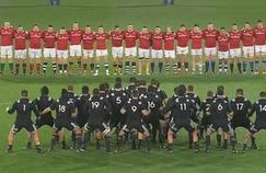 Les Maoris All Blacks ont rendu un superbe hommage à Anthony Foley, entraîneur décédé de l'équipe qu'ils affrontaient, le Munster.