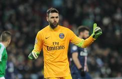 L'ancien gardien du PSG, Salvatore Sirigu, déjà en maillot jaune en janvier 2015.
