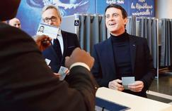 Manuel Valls prend du champ et rentre à… Évry