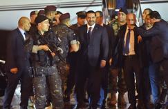 De retour au Liban, Hariri annonce que sa démission est en suspens