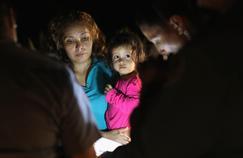 États-Unis : seules 364 des 2500 familles de migrants séparées ont été réunies