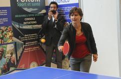 La ministre des Sports Roxana Maracineanu a notamment joué au tennis de table vendredi matin, à l'occasion de la Fête du sport.