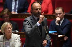 Macron attend les propositions de Philippe pour remplacer Collomb