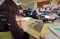 Autour des futurs programmes du lycée, les combats politiques font rage