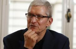 Après Berlin, le PDG d'Apple Tim Cook passe par Paris mardi