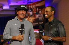 Phil Mickelson et Tiger Woods interviewés par la télévision américaine en septembre dernier.