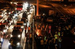 protestele-vestelor-galbene-au-continuat-aseara-la-paris-in-alte-orase-