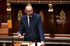 «Nous serons intraitables» face «aux factieux, aux casseurs», prévient Édouard Philippe
