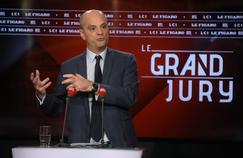 «Gilets jaunes» : Blanquer défend «la plus grande fermeté» après les violences