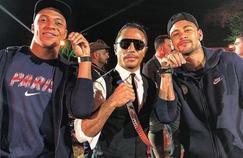 Kylian Mbappé et Neymar aux côtés du célèbre chef turc Nusret Gökçe