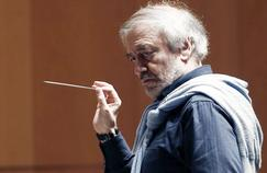 Le chef d'orchestre russe Valery Gergiev rend hommage à Gustav Malher