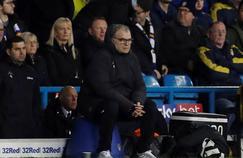 Marcelo Bielsa et Leeds ont été sanctionnés pour espionnage sur les autres équipes de Championship.