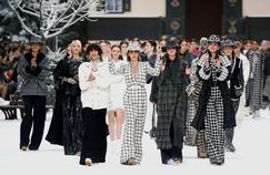Chanel: tombe la neige sur Karl Lagerfeld