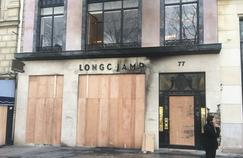 «Gilets jaunes»: des commerçants des Champs-Élysées se disent «humiliés»