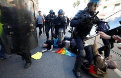«Gilets jaunes»: la famille de la manifestante blessée à Nice va porter plainte