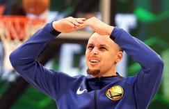 Stephen Curry porte depuis deux semaines des lentilles qui lui ont permis d'accroître sa précision au tir.