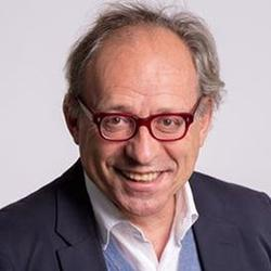 Le Dr Jean-Claude Monfort est aussi directeur pédagogique du centre de formation <a href=
