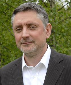 Pierre-Yves Gomez est économiste et docteur en gestion.