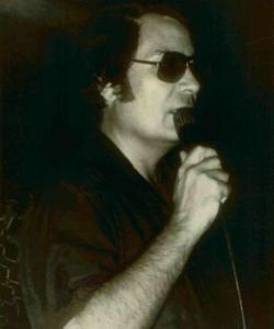 L'américain, Jim Jones (1931-1978) est le fondateur de la secte du «Temple du Peuple» et le responsable d'un suicide collectif de novembre 1978.